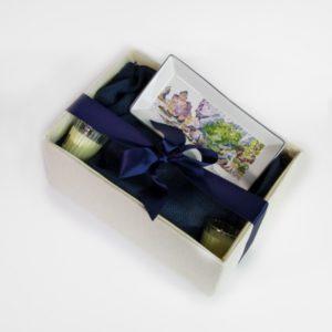 Κουτί με κηροπήγια και πιατάκι