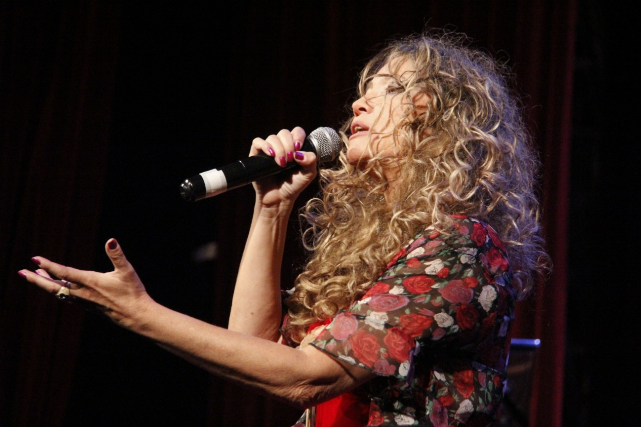 Η Αργεντινή γράφει και τραγουδά για την Ελλάδα