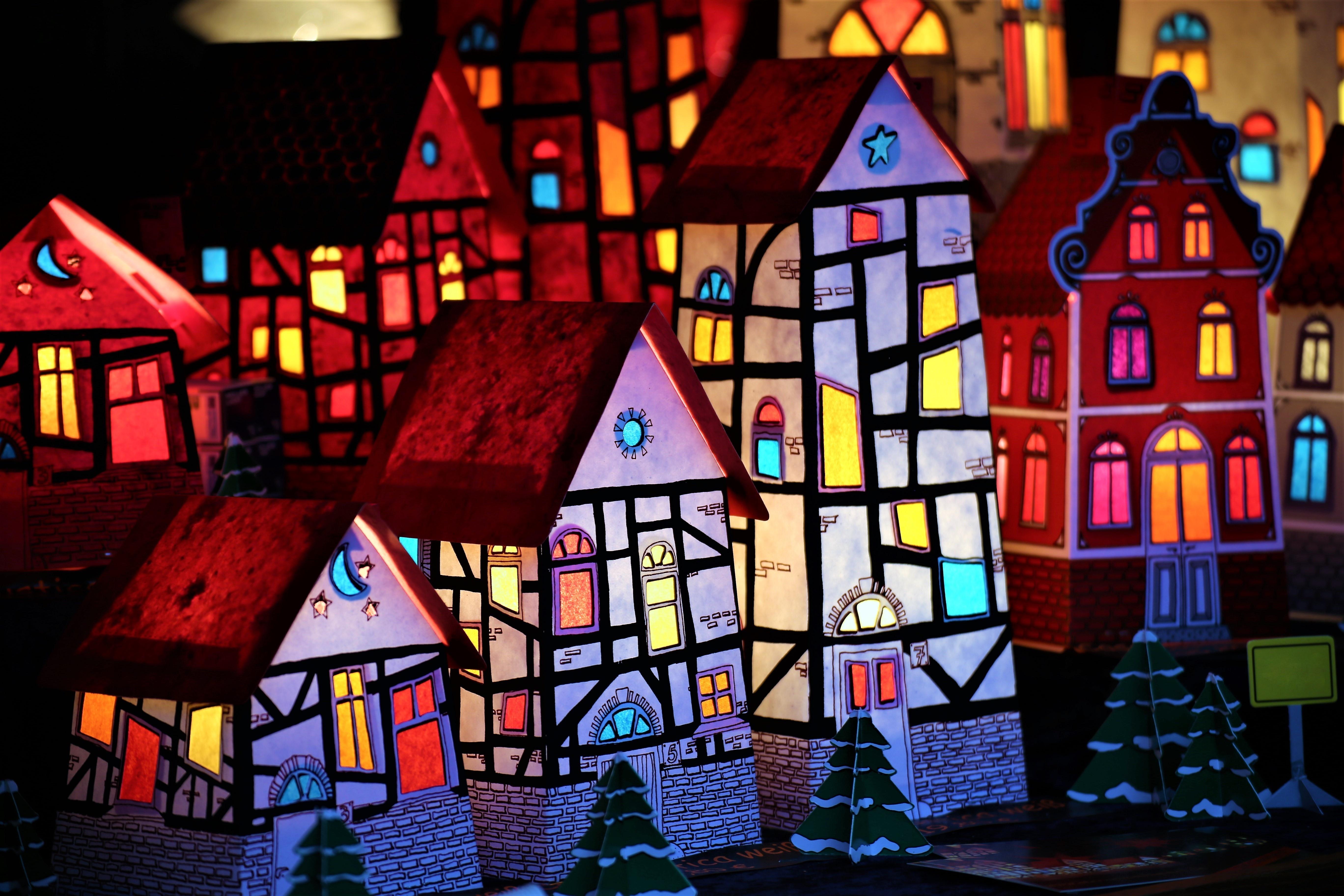 Μια πόλη από χαρτόνι | Για παιδιά 8-12 ετών